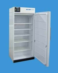 Manual Defrost Freezer, 20cu ft, Temp Range -20°C, exterior dimensions 32'' x 28.75'' x 82'', Digital control, alarm, four shelves one storage basket, 1ea